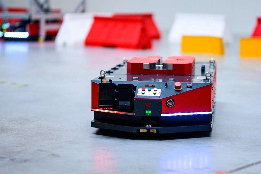 VERSABOT 500 -Sztandarowy Robot AMR odVersaBox